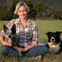 """Karis Nafte - The Pet Custody Consultant on""""Why Do Pets Matter?"""" with Debra Hamilton Podcast #148"""