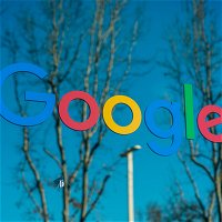 Google threatens to pull its search engine out of Australia